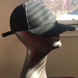 H&M baseball cap